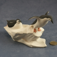 L018 - Pair of Chinstrap Penguins
