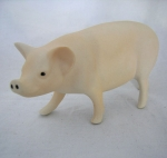 S163 - Standing Pig
