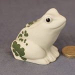 Frog - White and Green