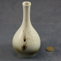 Round Bud Vase Grasses