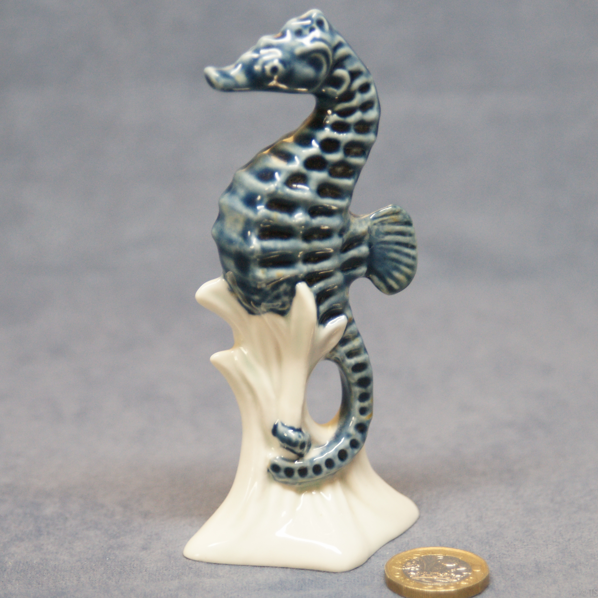 S162 - Medium Seahorse Blue Glazed