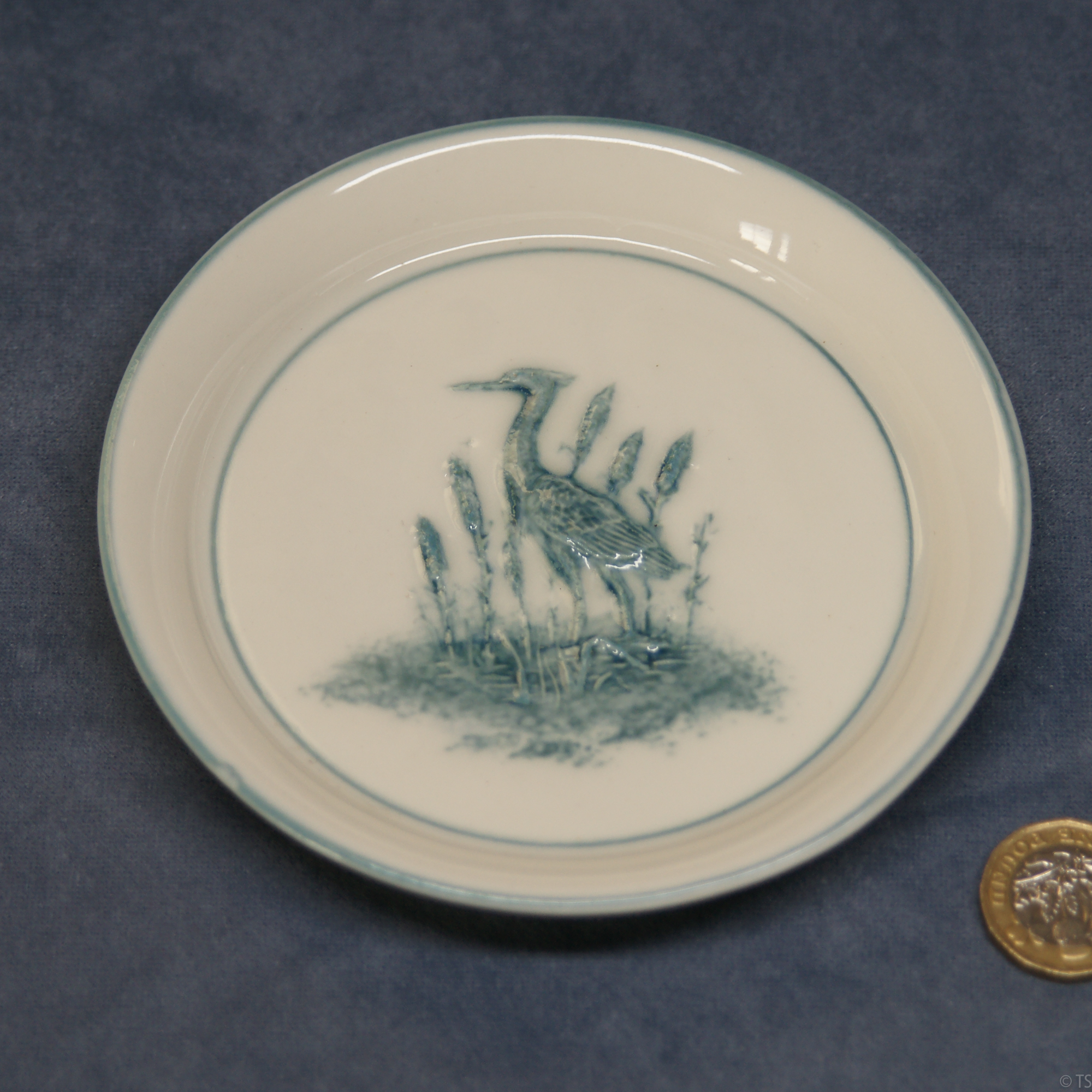 Round Plate Heron