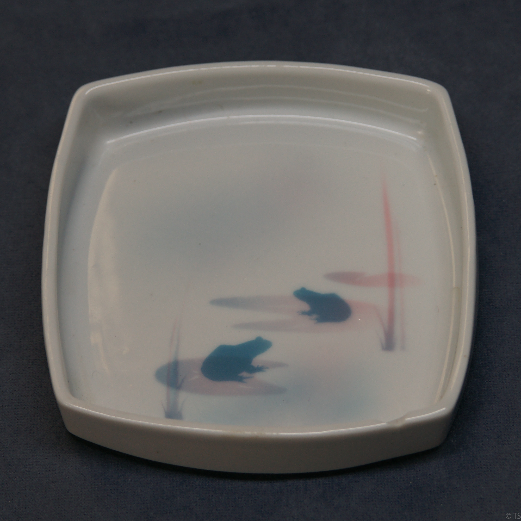 Square Pin Dish Frogs