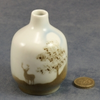Small Round Bud Vase Stag