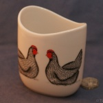 Small Oval Vase Hens