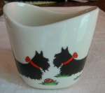 Small Oval Vase Scottie Dogs